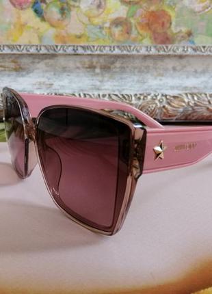 Модные розовые солнцезащитные женские очки 2021