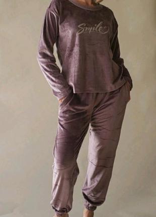Пижама из велюра
