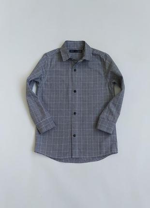 Клевая плотная рубашечка в клетку фирмы некст на 4-5 лет(по бирке на 4)