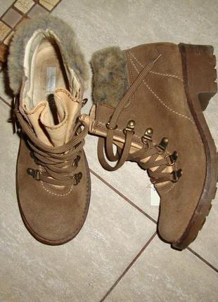 Ботинки замшевые беж/цвет camel/ pier one