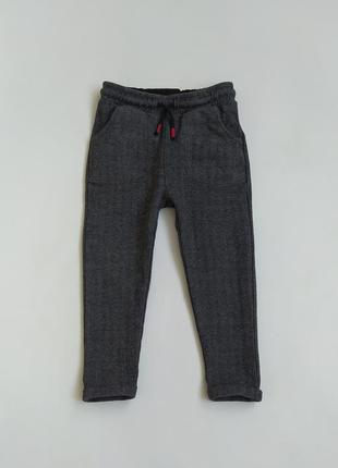 Хорошенькие штанишки фирмы маркспенсер на 3-4 года