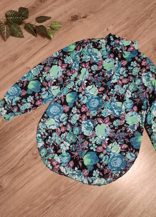 Красивая рубашка в цветы,  блуза з квітковим орнаментом