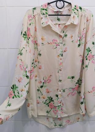 Нежная шифоновая блуза рубашка в цветочный принт