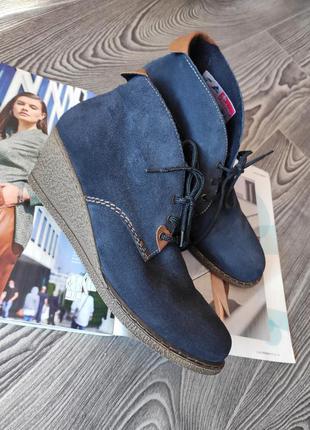 Ботинки полуботинки на платформе синие натуральная замша вставки кожа со шнурками rieker 39