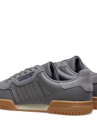 Новые кроссовки adidas powerphase оригинал размер 40