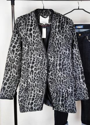 Стильный удлиненный брендовый пиджак жакет b.young этикетка