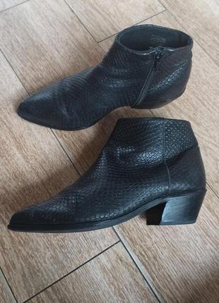 Ботинки  казаки jodis by mascha vang
