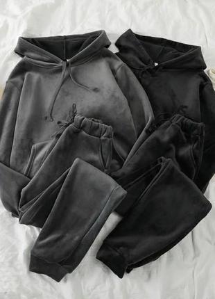 Женский велюровый спортивный костюм с капюшоном , стильный модный черный, графит 42-44, 44-46