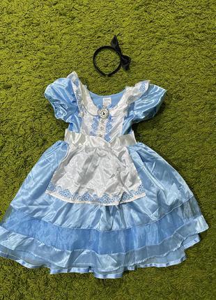 Платье алиса в стране чудес на5-6лет