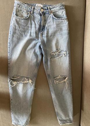 Zara джинсы порванные