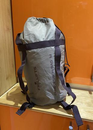 Компрессионный мешок для спальника туризм в поход