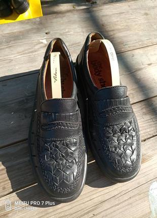 Летние туфли из натуральной кожи hush puppies