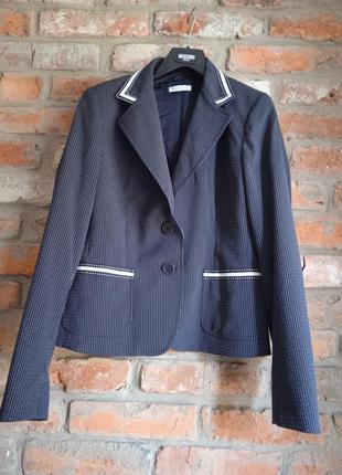 Крутой пиджак marella
