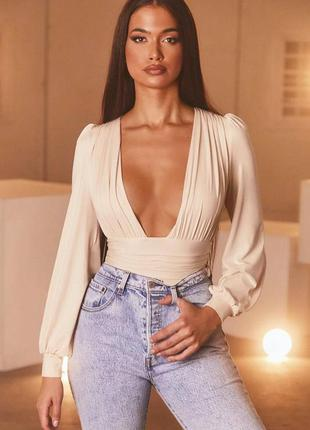 Крутая блузка-боди