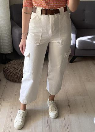 Высокие джинсы с накладными карманами zara из недавних  коллекций