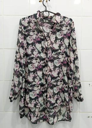 Удлиненная блуза в цветочный принт