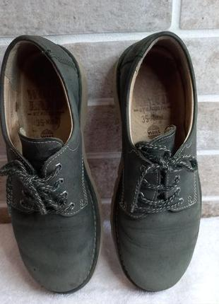 Кожанные туфли 35р