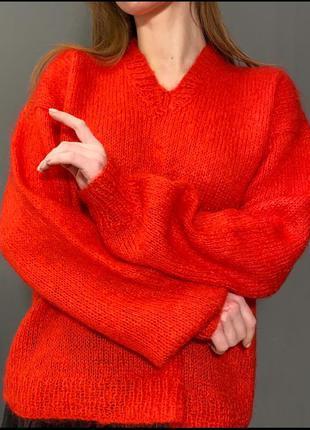 Мохеровый ярко-красный свитер ручная вязка пышный рукав