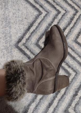 Полусапожки ботинки нубук с мехом 38 размер ara германия