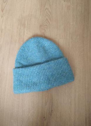 Мягкая теплая шапка от zara