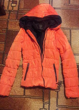 Курточка теплая zara 38 40 размер