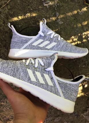 Женские белые кроссовки adidas 39 1/3 размер