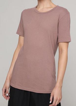 Пыльно-розового цвета футболка от asos