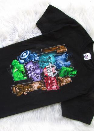 Стильная футболка marvel