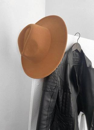 Коричневая шляпа женская с прямыми полями шляпка панама