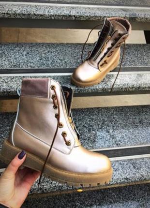 Демисезонные  кожаные ботинки в стиле balmain