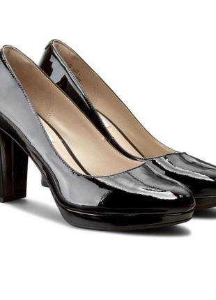 Туфли-лодочки на платформе clarks, размер 6,5