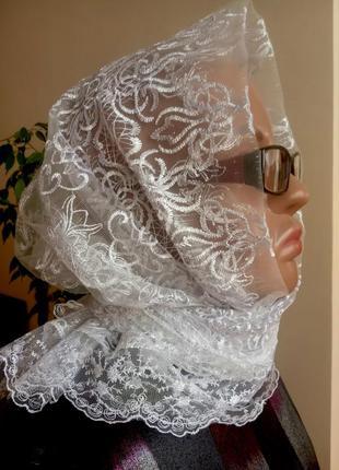 Косынка гипюровая нарядная с кружевами, хустка, платок ажурный легкий