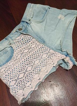 Фирменные джинсовые шорты мини короткие