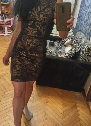 Фирменное черное платье мини сарафан