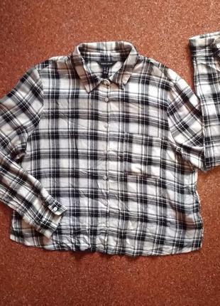 Модная рубашка из мягкой приятной ткани вискоза