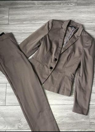Брючний костюм штани піджак