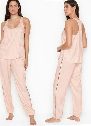 Сатиновая пижама , піжама, одежда для дома , фирменная полоска victoria's secret виктория сикрет