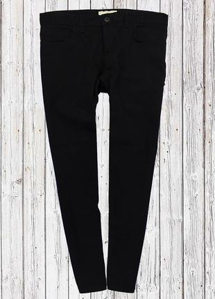 Чёрные стрейчевые плотные джинсы