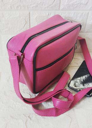 Маленькая женская кожаная сумочка сумка розовая яркая кожа натуральная через плечо прямоугольная квадрат