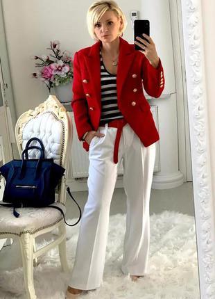 Женский пиджак с длинным рукавом