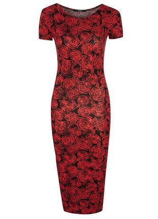 Стильное платье в розах