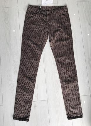 Штаны, коричневые брюки, коричневые штаны в интересный принт, itv denim.