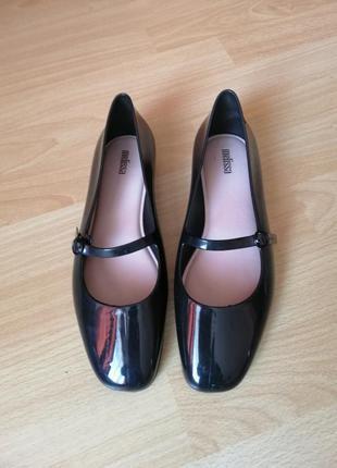 Резиновые туфли 38-39р melissa
