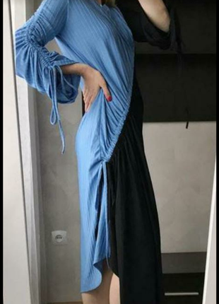 Сказочно красивое очень крутое фирменное платье отличное качество и состояние