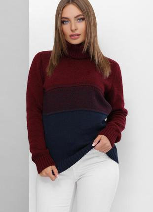Вязаный полушерстяной женский свитер под горло из мягкой пряжи