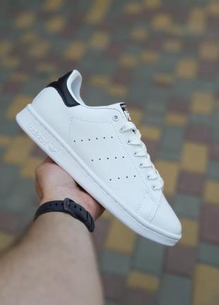 Женские белые кроссовки adidas stan smith white black