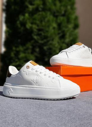 Женские белые кроссовки  экокожа