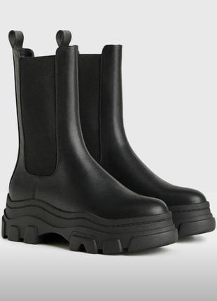Ботинки bershka , ботінки бершка, на масивній підошві