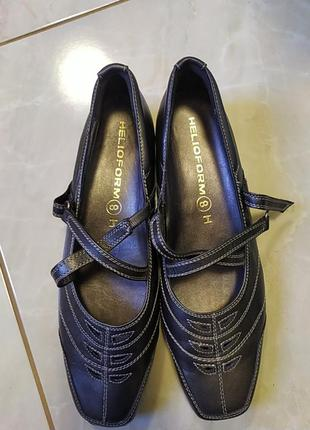 Туфлі helioform