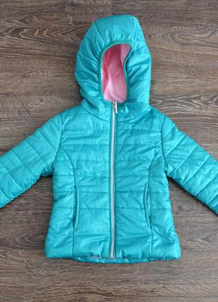 Стильная демисезонная курточка для девочки terranova